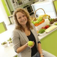 CAH Vilentum Almere - studie Food entrepreneurship - meisje met apple
