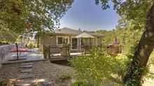 Stunning Property Minutes from Healdsburg